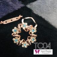 Blue flower clip
