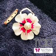 Flower pink middle clip