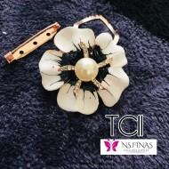 Flower black white clip